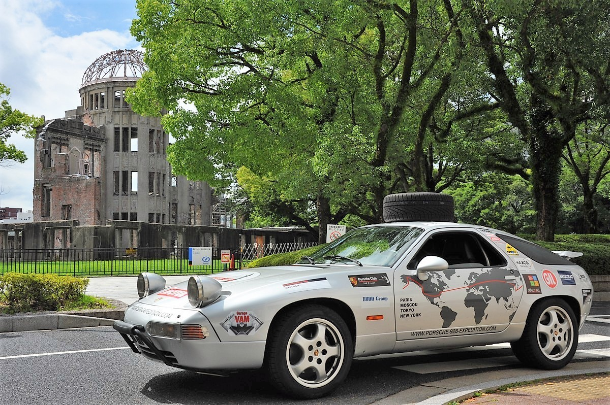 Porsche 928 Expedition Japon Hiroshima