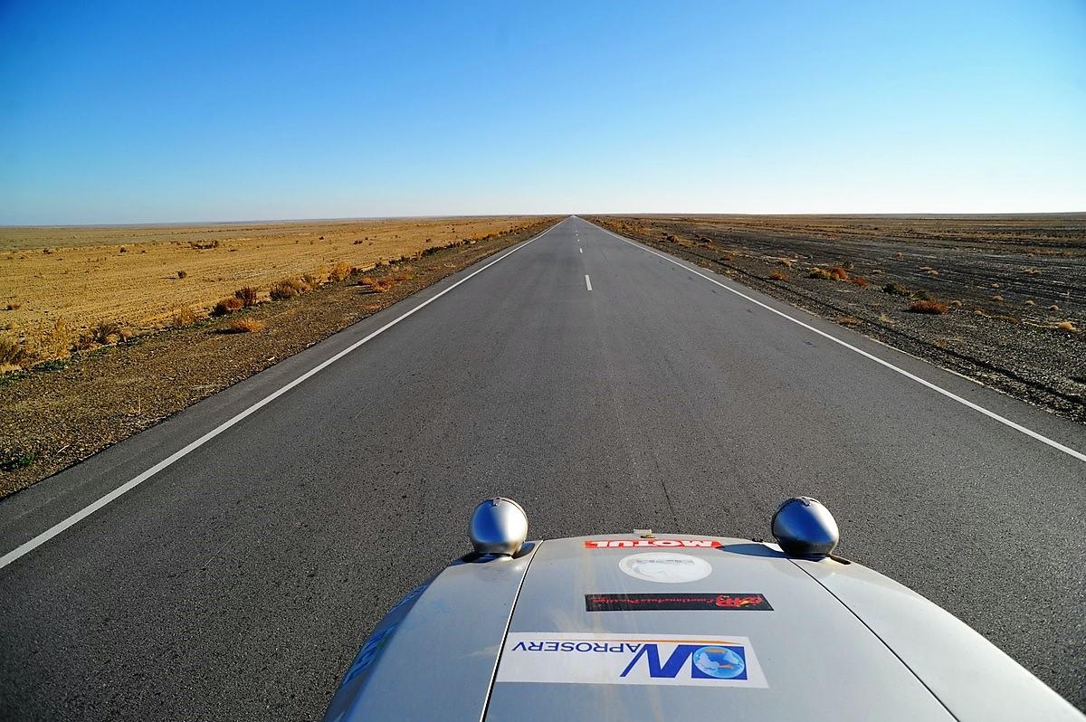 Porsche 928 Expedition 2011 Kazakhstan Ouralsk Aktobe