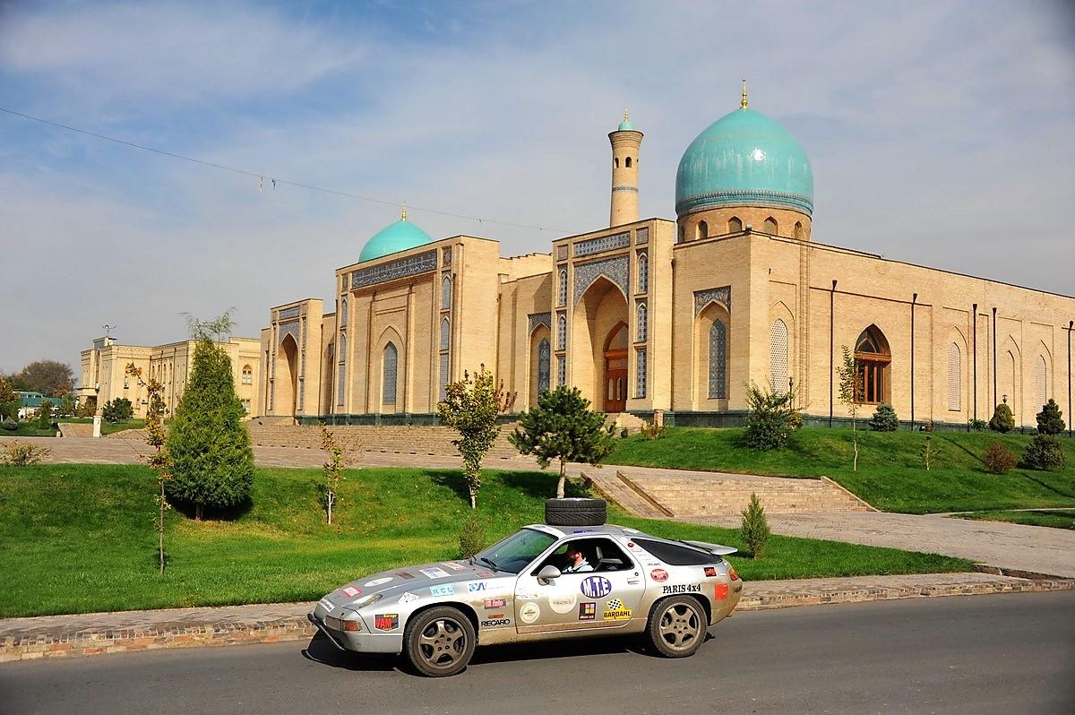 Porsche 928 Expedition 2011 Ouzbekistan Tachkent