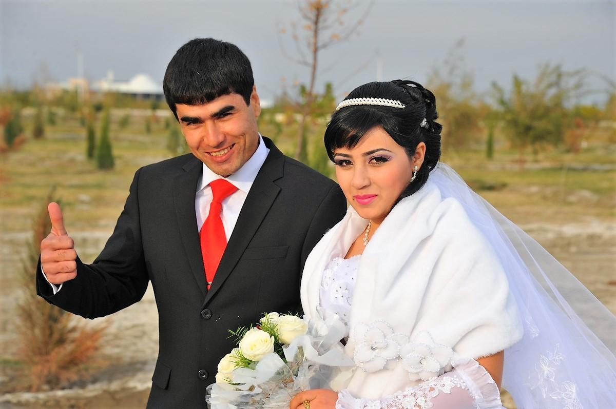 Porsche 928 Expedition Ouzbékistan Boukhara Mariage Ouzbek Wedding Uzbek