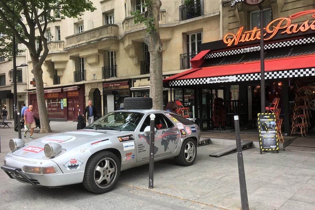 Auto Passion Café 2017 Porsche 928 Expedition Philippe Delaporte René Metge Autour du Monde en Porsche